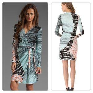 Diane Von Furstenberg Valencia  Wrap Dress Sz 4